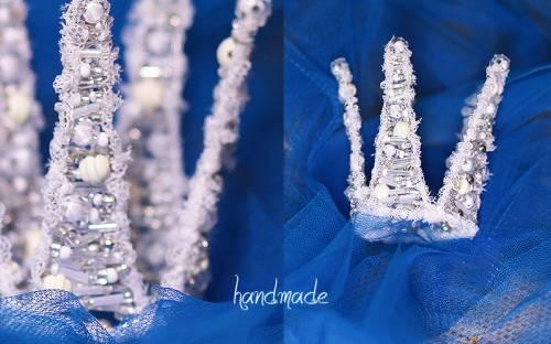 """Корона  """" Снежная королева """" 750 рублей.  Сделана из прочной проволоки, с элементами бисера, стекляруса, бусин, фатина."""